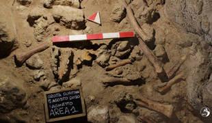 """""""Hallazgo excepcional"""" de restos de homínidos y animales en una cueva italiana"""