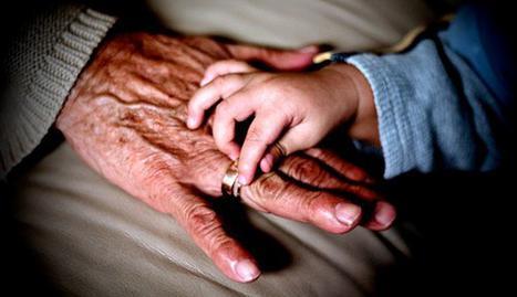 Al menos el 20% de los mayores ayuda a sus hijos económicamente