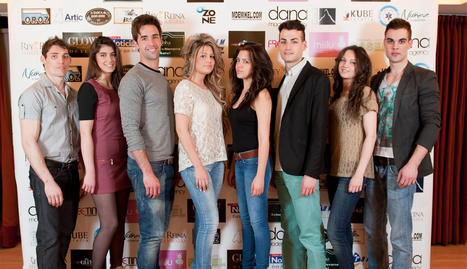 De izquierda a derecha: Abel Latasa, Silvia Parral, Mikel Arce, Andrea Morillas, Tifanny Soto, Javier Alvero, Sandra Alfaro y Alvaro Gonzalez