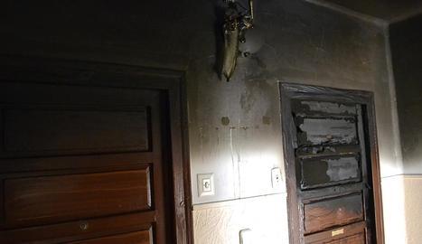 Incendio en una vivienda en la calle Bergamín