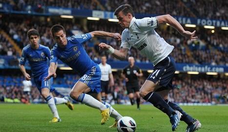 Bale, defendido por Azpilicueta. ARCHIVO