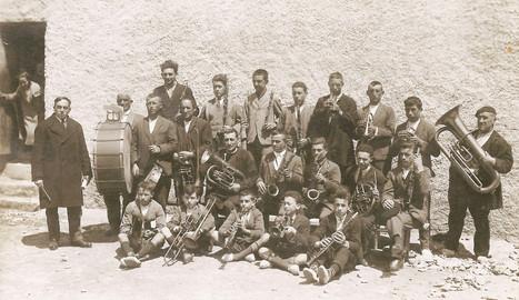 Una de las fotos que se puede ver en la exposición, de la banda de Lumbier en 1924. DN