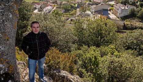 Pedro Bujanda Cirauqui se asoma a los barrios de su pueblo. montxo a. g.