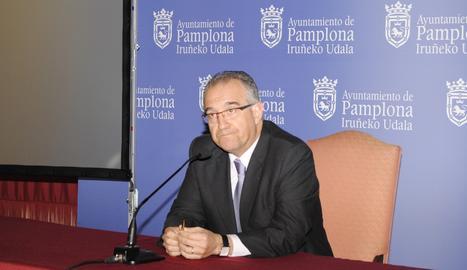 Enrique Maya, este martes, en rueda de prensa tras la dimisión de Polo