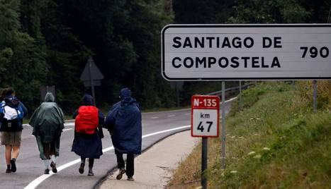Peregrinos en Roncesvalles, este 2014. ARCHIVO