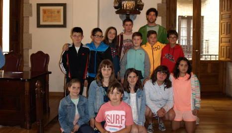 Viana elige a los corporativos infantiles de sus dos fiestas