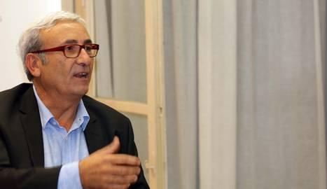 José Sanclemente en el club de lectura de Diario de Navarra