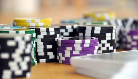 Foto de fichas de póker.