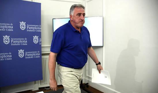 Asiron, tras anunciar la expulsión de los concejales de Aranzadi e I-E de su equipo de gobierno.