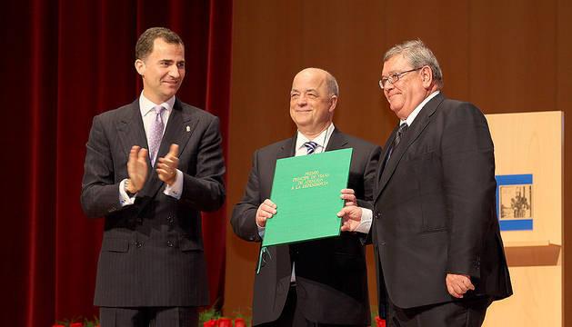 Don Felipe y doña Letizia visitan Navarra para entregar los Premios Príncipe de Viana 2011.