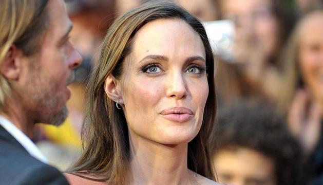 La actriz estadounidense recibió el corazón de Saragevo en una emotiva ceremonia por su compromiso con la región de Bosnia.