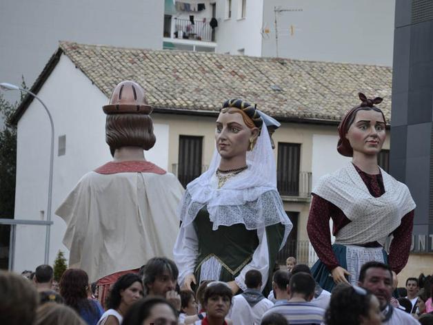 La Comparsa se despide de las fiestas en Burlada