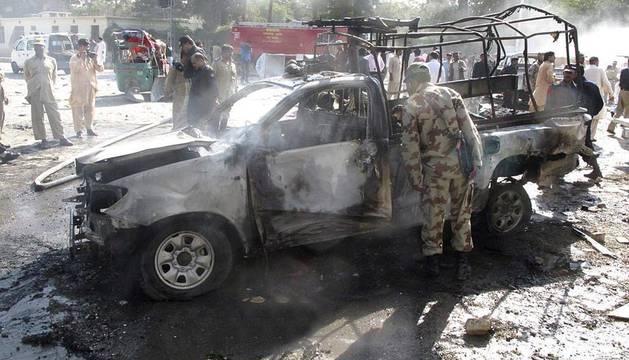 Un doble atentado suicida se cobra 16 muertos y 40 heridos en Quetta (Pakistán)