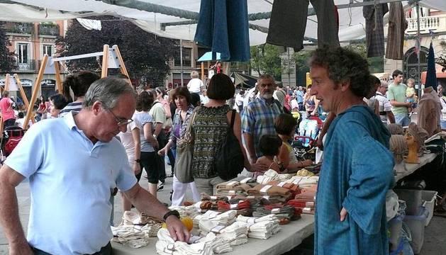 Imágenes del Mercado Medieval celebrado en las calles de Pamplona.