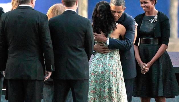 Barack Obama y George Bush asisten a la conmemoración del X aniversario de los atentados del 11 de septiembre de 2011.