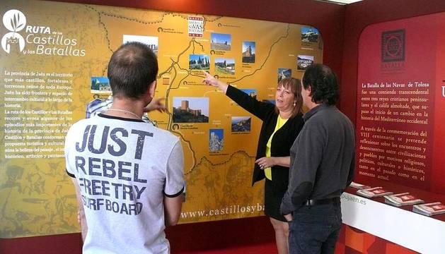 Con motivo de la conmemoración del octavo centenario de la Batalla de las Navas de Tolosa, una exposición promocional de Jaén se ha trasladado a la capital Navarra bajo el lema