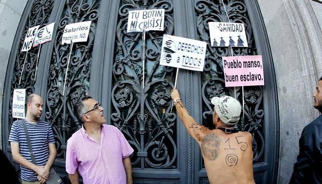 Imágenes de las concentraciones de 'Indignados' que han tenido lugar en distintas partes del mundo