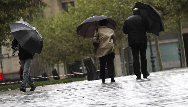 Las lluvias y el viento acompañarán a los navarros durante los comienzos de esta semana