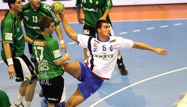 Imágenes del partido entre Amaya Sport - Helvetia Anaitasuna (28-28)