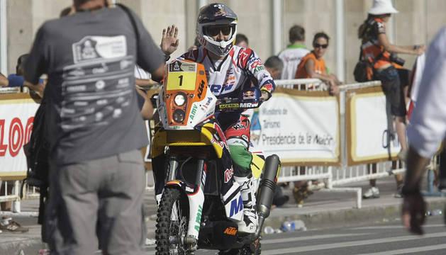 Marc Coma, durante la salida simbólica del Dakar 2012 en Mar del Plata