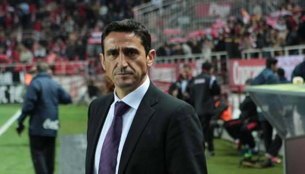 Manolo Jiménez, nuevo entrenador del Zaragoza, en su época en el Sevilla