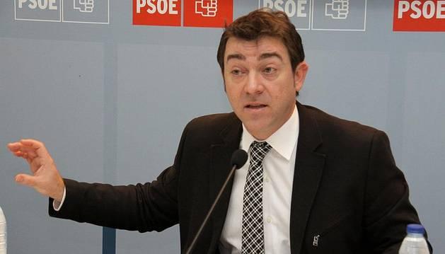 Roberto Jiménez, durante su intervención de este martes