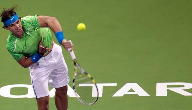 Nadal, durante su primer partido en la presente edición del torneo de Doha