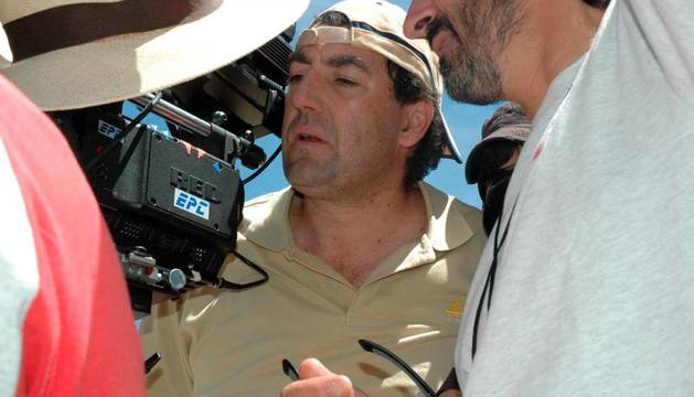 El director Daniel Calparsoro, durante el rodaje de 'El castigo'