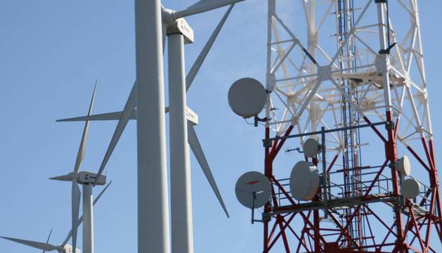 Según el informe del Servicio de Energía, Minas y Seguridad Industrial del Gobierno de Navarra, el 79,58% de la electricidad consumida en Navarra en 2010 procedió de fuentes renovables.