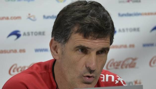 José Luis Mendilibar, en la rueda de prensa de este viernes en Tajonar, en la previa del partido ante la Real Sociedad