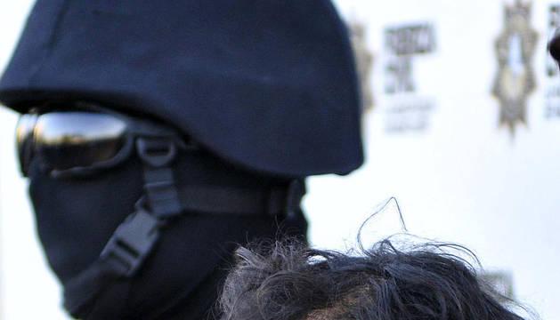 Agentes estatales custodian a Baltazar Saucedo Estrada, alias