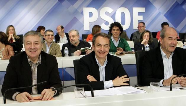 Blanco, Zapatero y Chaves, durante el Comité Federal del PSOE