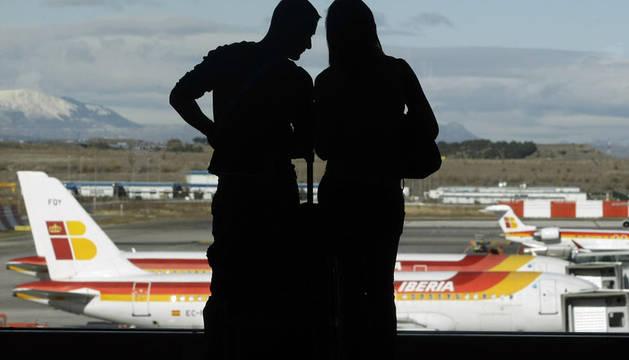 Iberia cancelará un total de 109 vuelos durante este lunes, el 35% de los previstos, y otros 106 el próximo miércoles, 11 de enero,  un 36% de los programados en el segundo día de los paros, según cifras proporcionadas por la aerolínea.