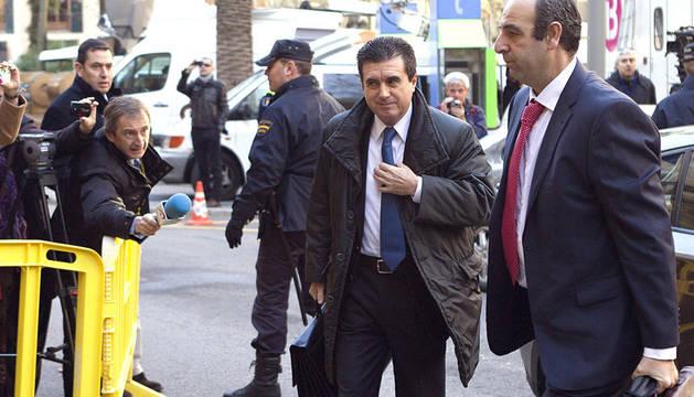 El expresidente balear Jaume Matas, a su llegada a la Audiencia de Palma