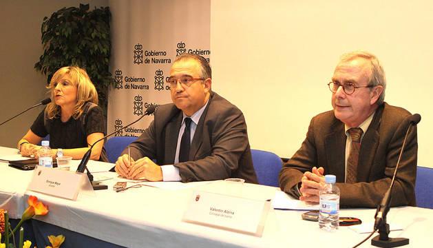De izda. a dcha., Caballero, Maya y Alzina, durante el encuentro