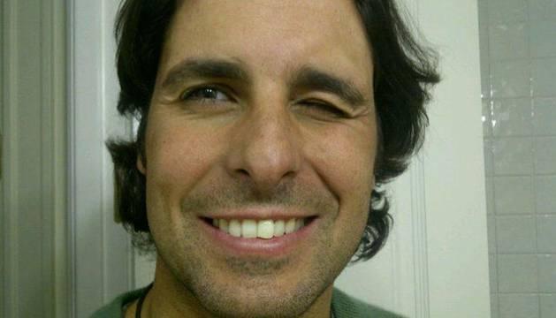 La foto que Fran Rivera ha colgado para verificar la identidad de la cuenta en Twitter