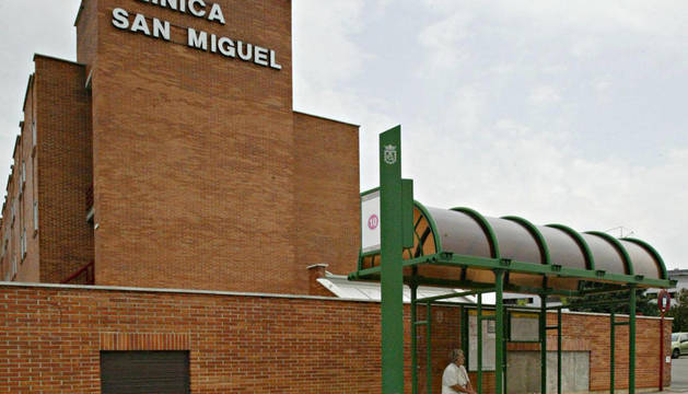 Exterior de la clínica San Miguel