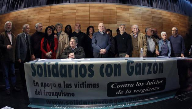 Acto en apoyo al juez Baltasar Garzón en la sede de CCOO, convocado por