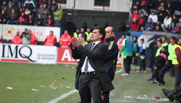 José Luis Mendilibar, en un momento del partido de Osasuna ante el Racing