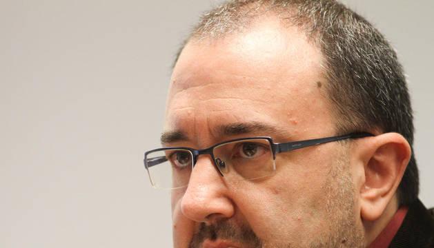 El portavoz de Izquierda-Ezkerra, José Miguel Nuin.