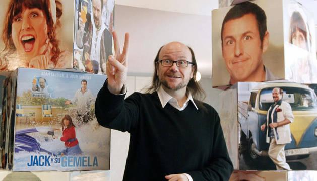 Santiago Segura, todavía con el éxito de 'Torrente 4' en los labios, prueba suerte en la película 'Jack y su gemela'