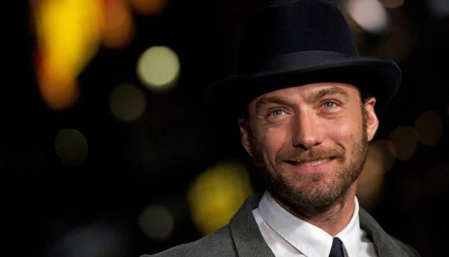 El actor británico Jude Law uno de los afectados por las escuchas ilegales del