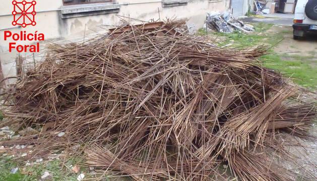 Imagen cedida por la Policía Foral de las varillas robadas e incautadas.