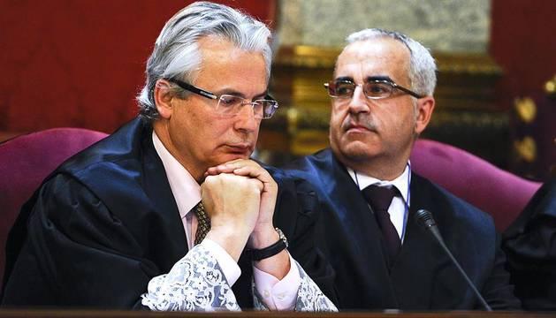 Imágenes de este martes 24 de enero en el que se está juzgando a Garzón por investigar los crímenes del franquismo