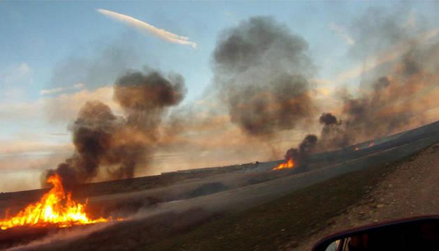 Imagen del incendio sofocado este lunes en las Bardenas Reales