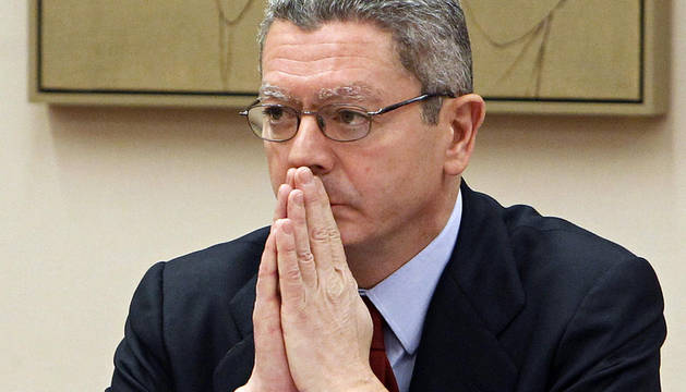 El ministro de Justicia, Alberto Ruiz-Gallardón, durante su comparecencia
