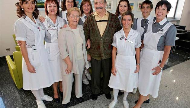 Ángel Luis Sánchez Bayón, con personal de la CUN
