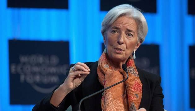 La directora gerente del Fondo Monetario Internacional (FMI), Christine Lagarde, interviene en un debate durante el Foro Económico Mundial