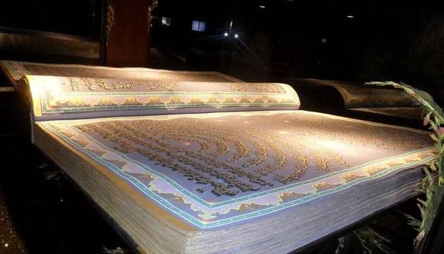 El ejemplar del Corán elaborado por el calígrafo Mohammed Sabir Khedri