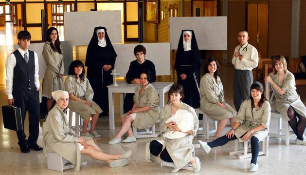 El Grupo de Teatro de la UPNA, en un ensayo de